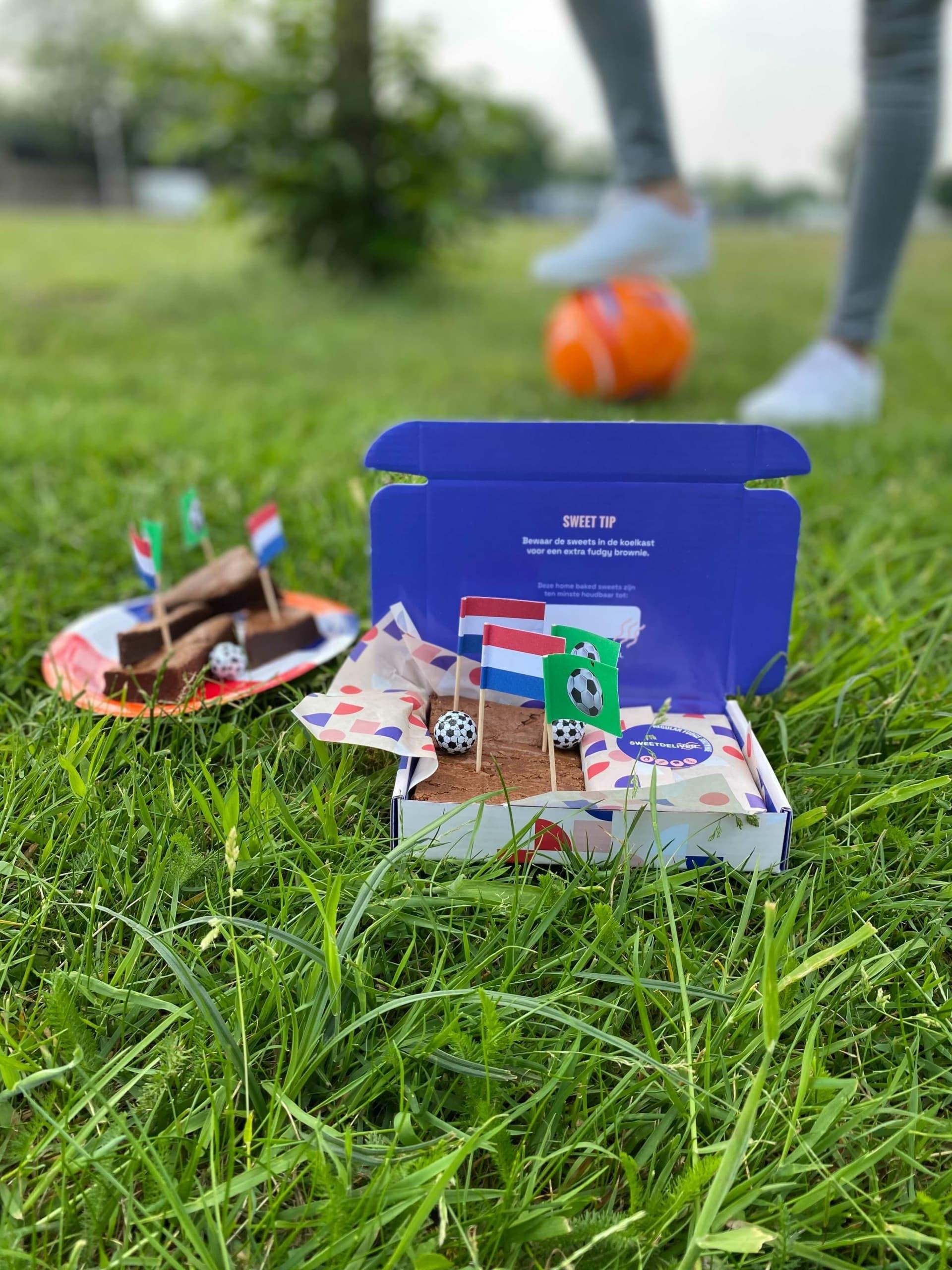 EK brownie box